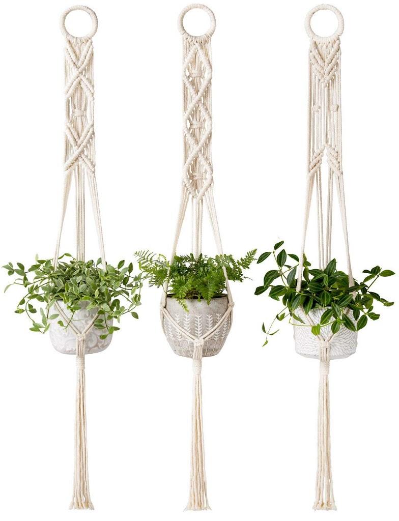 simple macrame plant hanger 10